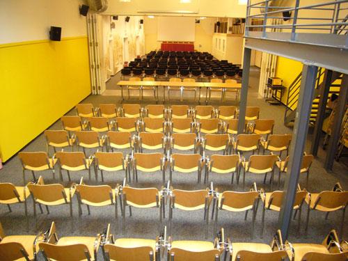 Salle Gandhi + Carson (250 places)