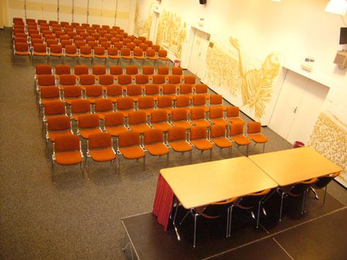 Salle Mahatma Gandhi </br>(150 places)