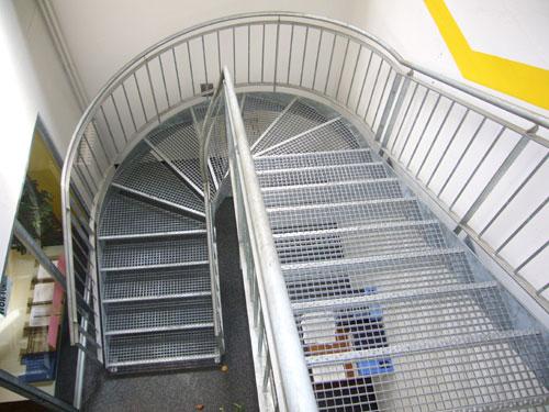 Escalier du 1er étage (Immeuble 11-17 Savoises)